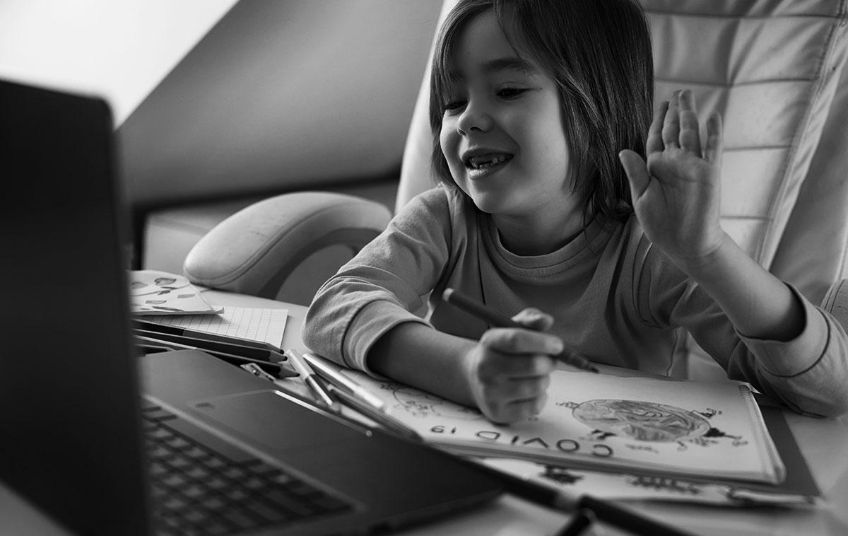 Projeto Transforma Educação virtual para crianças